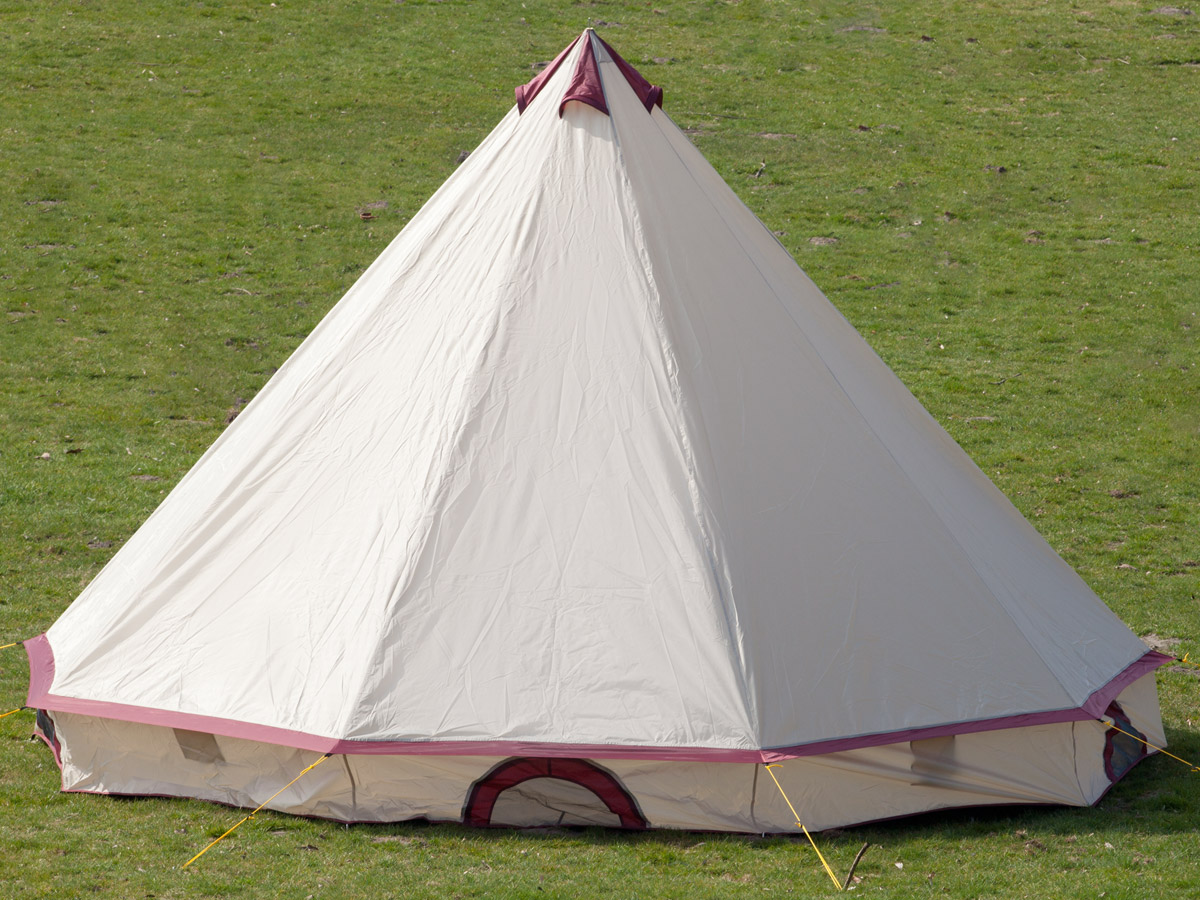 skandika comanche tipi teepee 8 person man camping tent large sewn in floor new ebay. Black Bedroom Furniture Sets. Home Design Ideas