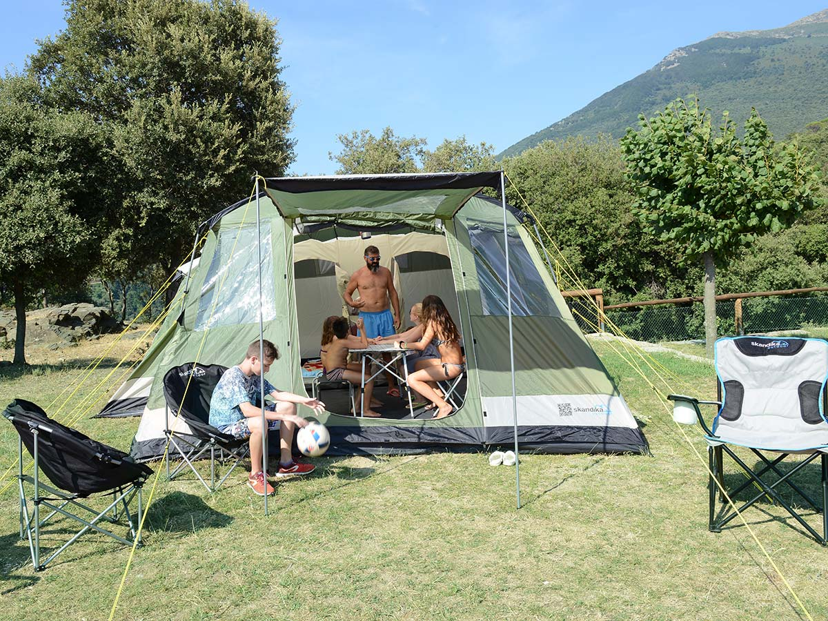 skandika milano 6 person man large family tunnel tent sewn in groundsheet new ebay. Black Bedroom Furniture Sets. Home Design Ideas
