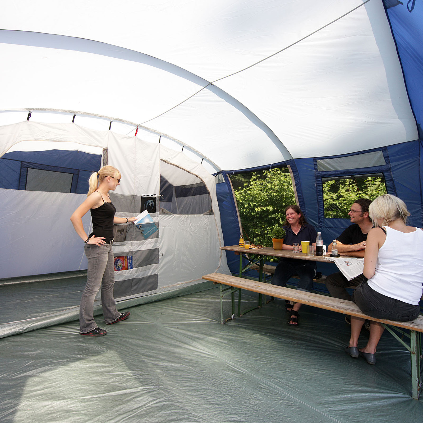skandika milano 6 pers tente camping familiale 580x410. Black Bedroom Furniture Sets. Home Design Ideas