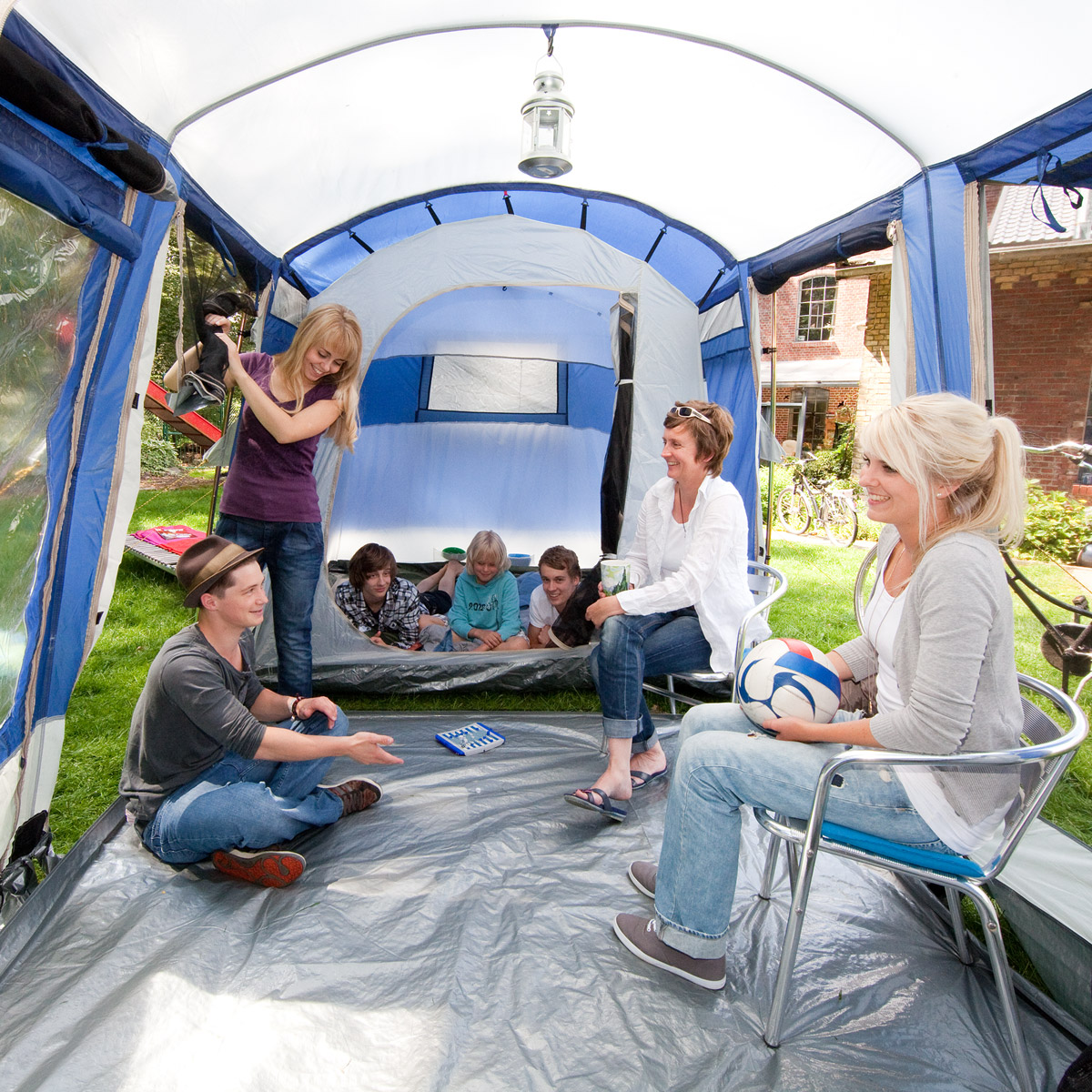 skandika montana 6 familienzelt outdoor zelt 6 personen uvp 449 2014 neu ebay. Black Bedroom Furniture Sets. Home Design Ideas