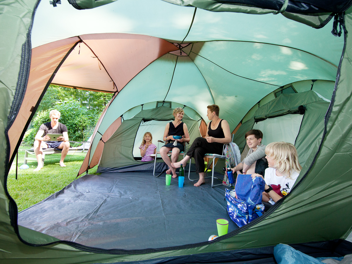 skandika daytona xxl 6 person man family dome tent 3 bedrooms mosquito mesh new ebay. Black Bedroom Furniture Sets. Home Design Ideas