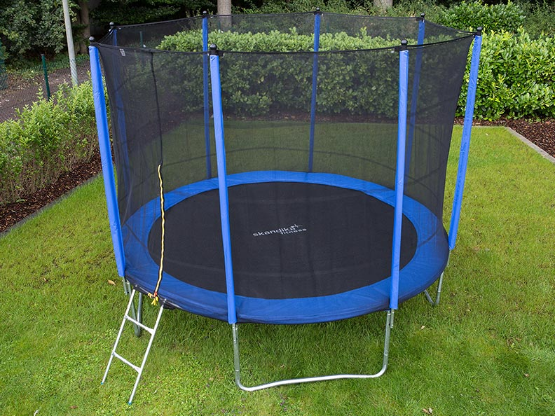 skandika outdoor trampolin 305 cm mit sicherheitsnetz leiter t v gs neu uvp 299 ebay. Black Bedroom Furniture Sets. Home Design Ideas